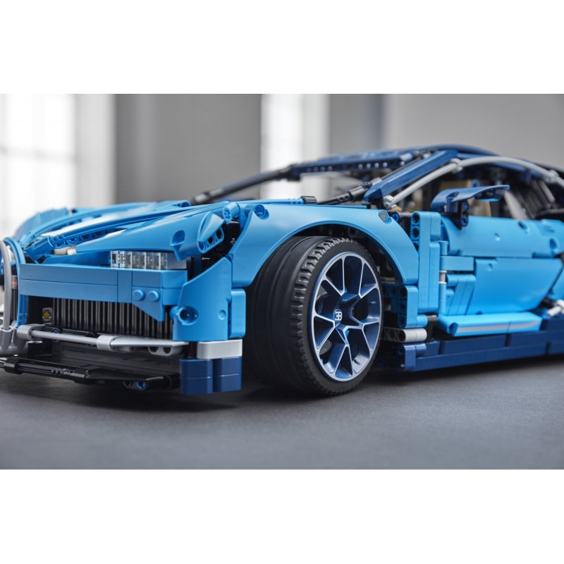 lego 42083 bugatti chiron lego sets technic mojeklocki24. Black Bedroom Furniture Sets. Home Design Ideas