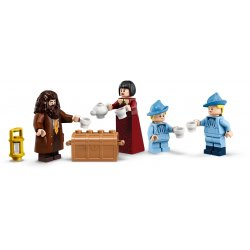 LEGO 75958 Beauxbatons' Carriage: Arrival at Hogwarts