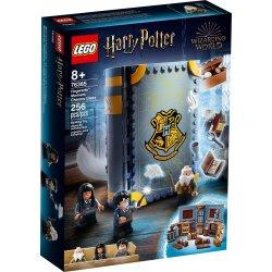 LEGO 76385 Chwile z Hogwartu™: zajęcia z zaklęć i uroków