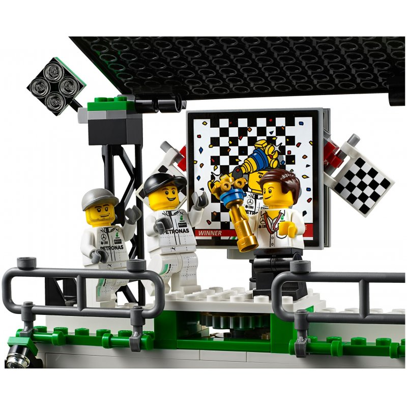 lego 75883 mercedes amg petronas formula one team lego. Black Bedroom Furniture Sets. Home Design Ideas